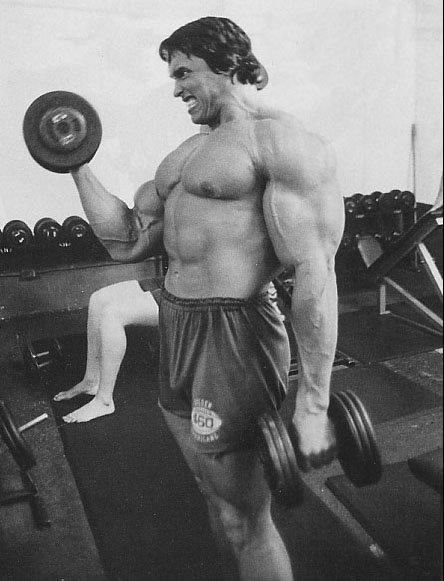 Arnold Schwarzenegger - Rosca Alternada